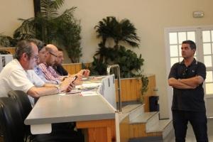 Debate en la sala de subastas de CASI